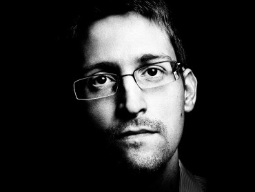 Anonymous: Chasing Edward Snowden