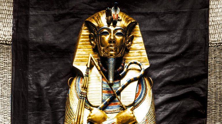 Tutankhamun in Colour